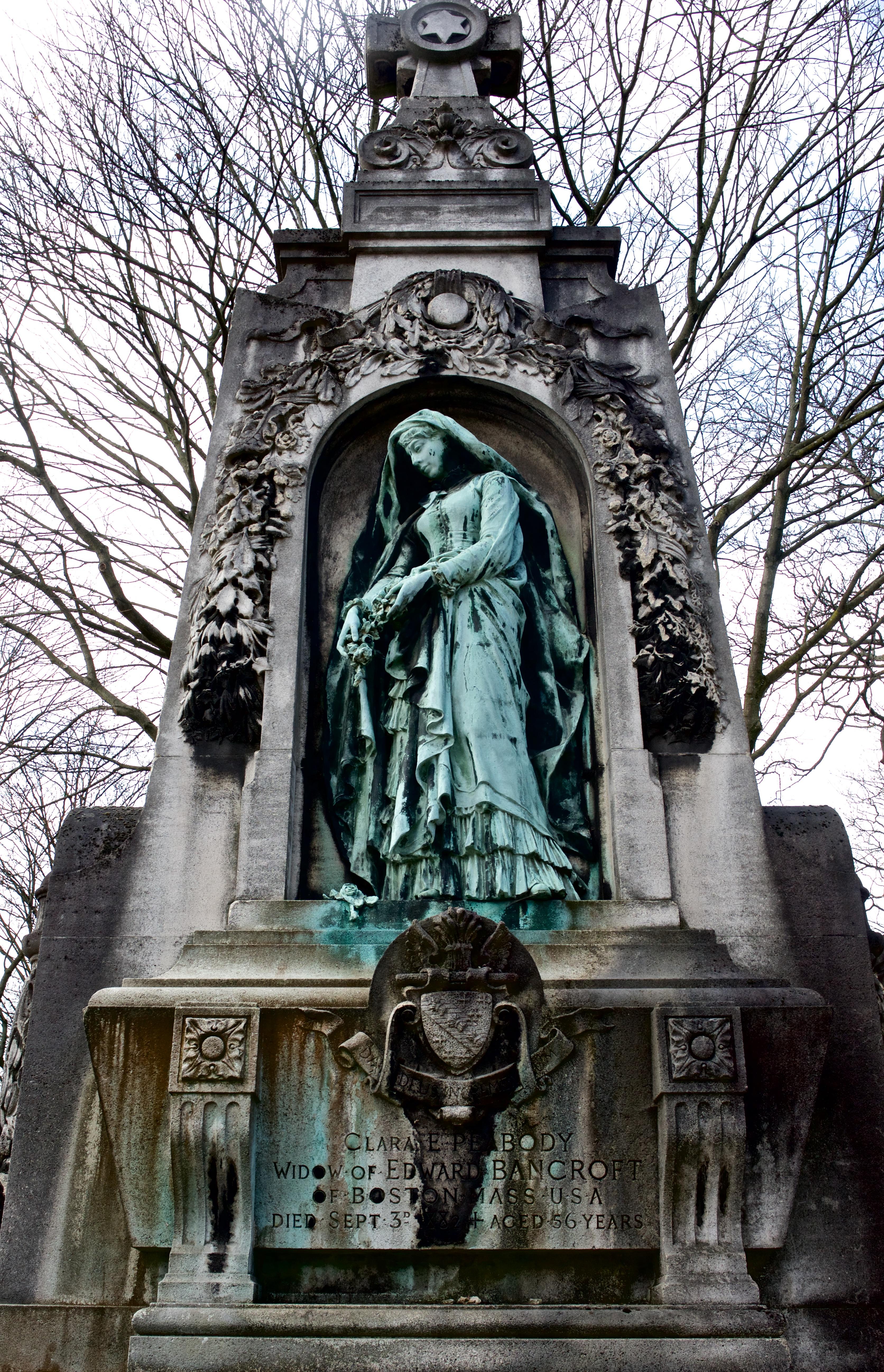 Clara's tomb